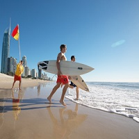 minivan hire Gold Coast airport