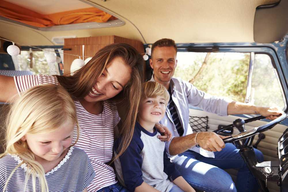 Gold Coast minibus hire for families